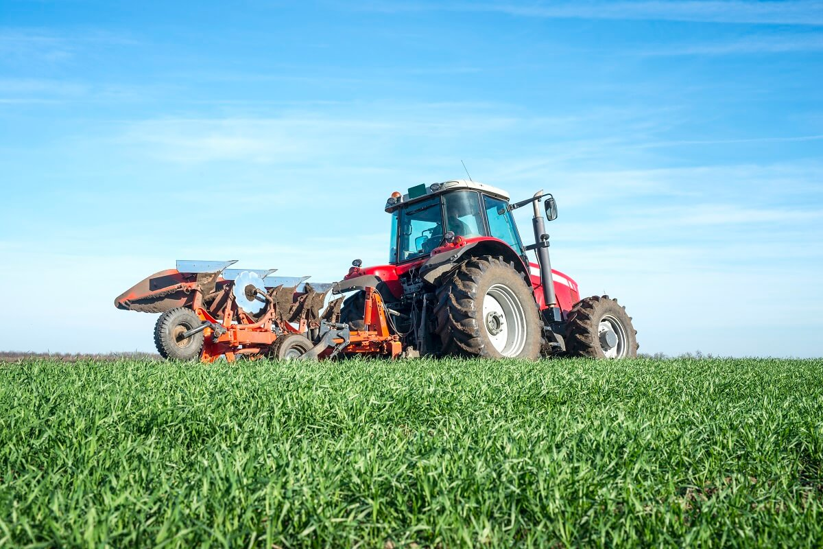 Gdzie naprawiać maszyny rolnicze?